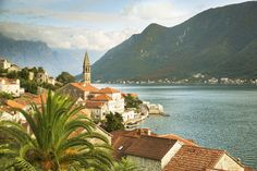 The tiny Venetian town of Perast on the Bay of Kotor © Julian Love / Lonely Planet