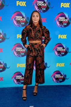 Maddie Ziegler chose an embroidered two-piece set and simple black heels.
