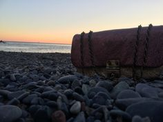 Memories of a sunset at the sea, always with a College bag. #Rodosince1956 #Rodobags