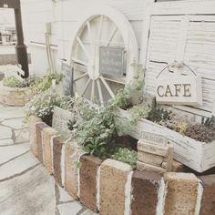 Popular Types Of Herb Gardens – Handy Garden Wizard Garden Paths, Garden Landscaping, Types Of Herbs, Gardening Zones, Natural Garden, Foliage Plants, Green Garden, Garden Styles, Garden Planning