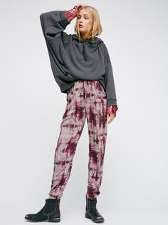 Zuma Pant | Made in California, these relaxed fit pants feature an effortless drawstring waist and side pocket details. Tie dye print along the leg completes the cool girl feel. Super soft and lightweight cotton fabrication.