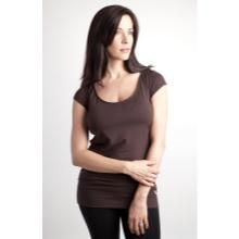 The Nurture T-Shirt is a luxurious breastfeeding essential for your wardrobe. The bamboo fabric is soft, comfortable and has a considerable amount of stretch that allows the shirt to change right along with you during pregnancy, breastfeeding and beyond. #ptpawinner