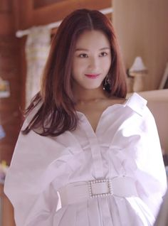 Veronica Park (Kim Jae-kyung)'s mini crossbody bag in episode 13 of 'The Secret Life of My Secretary' is from IINES. Secret Life, The Secret, Korean Drama Movies, Korean Dramas, Yoon Seo, Korean Tv Series, Mini Crossbody Bag, Korean Actresses, Korean Outfits
