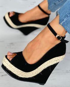 Peep Toe Platform, Platform Wedge Sandals, Wedge Shoes, Shoes Heels, Online Shopping Shoes, Shoes Online, Sandals Online, Trend Fashion, Fashion Shoes