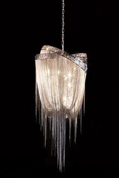 Gorgeous! #lüster #diamanten #funkelnd #deko #einrichtung #luxus
