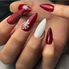 #christmasnailsacrylic White Acrylic Nails, Acrylic Nail Art, Acrylic Nail Designs, Acrylic Colors, Fall Nail Art Designs, Christmas Nail Art Designs, Christmas Design, Cute Nails, Pretty Nails