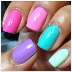 """I would totally rock this and it would put me in a playfully great mood. """"Playing with colors #nailart""""               ♥"""