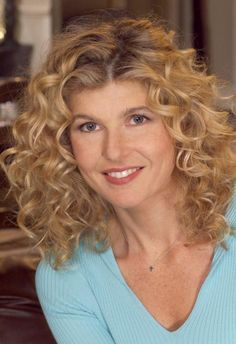 CONNIE BRITTON in The Fighting Fitzgeralds - See best of PHOTOS of the actor http://www.wildsound.ca/conniebritton.html