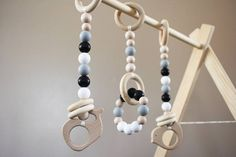 Monochrome Wooden Baby Play Gym Toys Hanging Baby Gym Toys