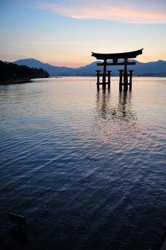 The famous floating torii at Itsukishima Shrine, a Ryoubu-style torii.