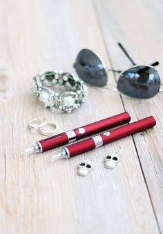 E cigaretter och e juicer från Minecigg. Evod startkit 1100 mah. http://www.minecigg.se/collections/startkit/products/evod-startkit-1100-mah