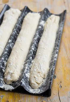 Receta de baguettes para diario Pan Baguette Receta, Bread Recipes, Cooking Recipes, Mexican Bread, Panini Sandwiches, Rustic Bread, Pan Dulce, Pan Bread, Artisan Bread