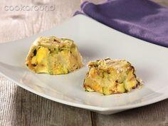 Sformatino di zucchine, ricotta e pancetta | Cookaround  Video ricetta degli sformatini di zucchine, con ricotta e pancetta che arricchiscono e completano l'equilibrio di sapore. Antipasto delizioso e sfizioso, da servire anche come aperitivo!