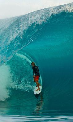 surfvivor:  Jack Robinsonph: Henrique Pinguim