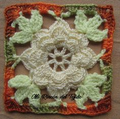 Como tejer una hermosa Flor Granny a ( tutorial paso a paso. Parte 1 de 2 - How to crochet a beautiful Granny Flower tutorial step by step. Part 1 of 2 Crochet Classes, How To Speak Spanish, Flower Tutorial, Baby Dress, Lana, Weaving, Make It Yourself, Beautiful, Flowers