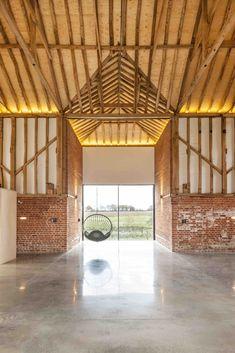 Gallery of Church Hill Barn / David Nossiter Architects - 5