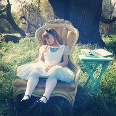 Photo Prop ideas: Alice in Wonderland