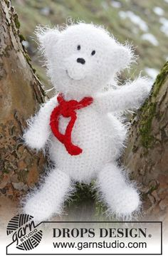 """The 18th door of #DROPS #Christmas #Calendar can now be opened!   DROPS Extra 0-872 by DROPS Design:  Crochet DROPS Christmas polar bear in """"Symphony""""."""