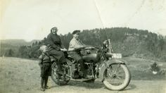 old motorcycles of 30 years