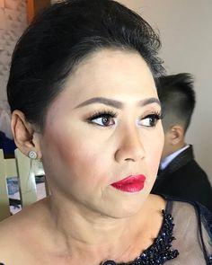 """68 Likes, 1 Comments - Rtdisoho Makeup & Hairdo (@keziafelaniamakeup) on Instagram: """". #makeup & #hairdo by @rtdisohophotography . ::RTDI Soho for :: #prewedding #wedding #fashion…"""""""
