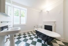 A beautiful and well-kept five bedroom family house in the heart of Kensington looking out over and with access to the terrace's private mature and peaceful garden.