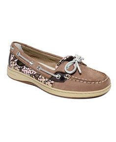Sperrys! I HAVE THESE!!!!!!