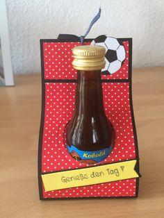 Kleine Goodies für die Gäste der Fußballparty