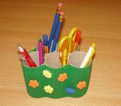 Stifthalter aus Papprollen basteln
