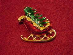Vintage Christmas Pin Santas Sleigh with Tree.