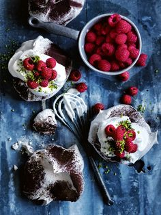 Chocolate Dusted Pavlovas With Raspberries And Pistachio | Donna Hay