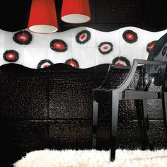 Andretto © Design - Red Bubbles - Tile of melted sheets of black Murano glass