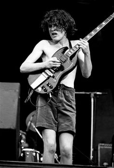 1976/08/29 - GBR, Reading, Thameside Arena   Highway To ACDC : le site francophone sur AC/DC