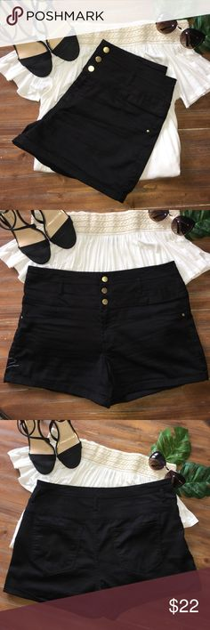 Black dress shorts Gorgeous black dress shorts with stretch in LIKE NEW condition! Made by refuge in size 14! Accepting all reasonable offers refuge Shorts