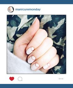 Mani of the Week: Simple Nails