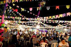 O Goiânia Shopping recebe o tradicional Arraial NPQ: Festa Junina sem Queimaduras, nos dias 12 e 13 de junho, a partir das 19 horas. Veja no site Arroz de Fyesta o preço dos ingressos e mais informações sobre a festa.
