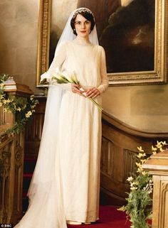 The Downton Tiara graced the lovely head of Lady Mary Crawley last month as she walked down the aisle