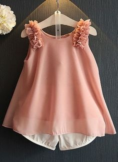 Latest fashion trends in women's Clothing Sets. Shop online for fashionable ladies' Clothing Sets at Floryday - your favourite high street store. Cheap Kids Clothes Online, Cheap Girls Clothes, Little Girl Dresses, Sleeveless Outfit, Baby Dress Design, Kids Frocks Design, Fashion Kids, Latest Fashion, Fashion Trends
