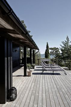 my scandinavian home: Summer cottage Outdoor Rooms, Outdoor Living, Summer Cabins, Haus Am See, Weekend House, Patio Roof, House In The Woods, Home Design, Black House