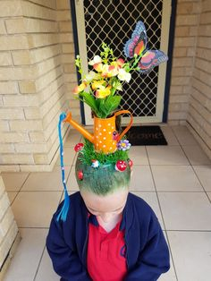 Crazy Hair For Kids, Crazy Hair Day At School, Crazy Hat Day, Crazy Hats, Dance Hairstyles, Cute Hairstyles, Halloween Meninas, Wacky Hair Days, Girl Haircuts