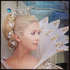 "catherine Deneuve in ""peau d'ane "" movie by Jacques Demy"