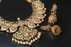 At the outset .. it looks like a traditional South Indian Manga mala.. but second look will confirm its a cleverly designed peacock motif.. an exquisite example of South Indian Art Jewellery making faithfully replicated by the House of Amrapali Jewellery. jewellery