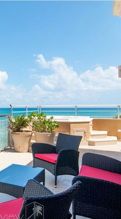 Resort-style amenities and spectacular ocean views!