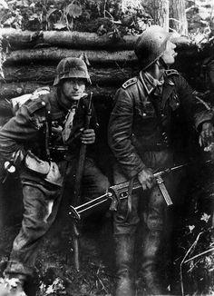 """panzerknacker88: """"Ostfront, September 1943. """""""