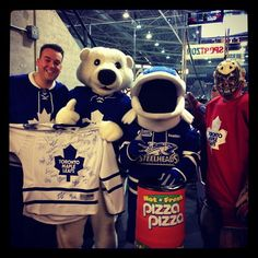 Carlton and crew were at a recent Mississauga Steelheads game