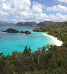 Planning a trip to St. John in the US Virgin Islands? Our 3 day itinerary is perfect for weekend getaways!