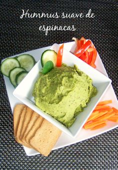 Snack with salsa and veggies on side w/ bread Dairy Free Recipes, Veggie Recipes, Snack Recipes, Healthy Recipes, Dip Thermomix, Salty Snacks, Food Trays, Vegan Hummus, Tasty Bites