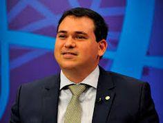 IRAM DE OLIVEIRA - opinião: Beto Rosado abastece o carro no posto do tio. Câma...