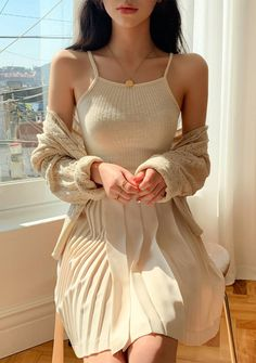 Better In Beige Halter Sleeveless Top Ulzzang Fashion, Indie Fashion, Aesthetic Fashion, Denim Fashion, Aesthetic Clothes, Fashion 2020, Look Fashion, Korean Fashion, Fashion Outfits