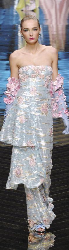 -Valentino couture
