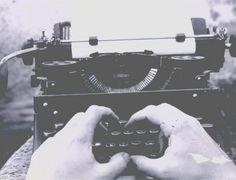 Máquina de escrever usada pelo poeta e jornalista Paulo Leminski